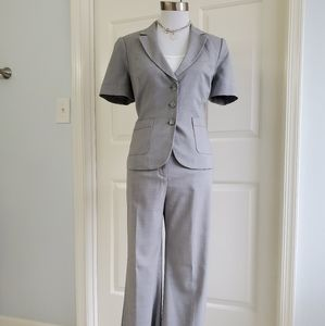 Limited jacket and pant suit